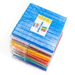 100 gekleurde unifix blokjes per kleur op stapel